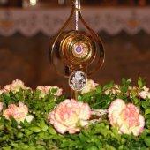 Uroczystość wprowadzenia  relikwii Świętego Jana Pawła II do kościoła pw. Matki Bożej Królowej Korony Polskiej   parafii  pw. Świętej Rodziny w Szczecinie
